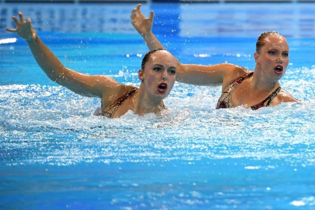 مسابقات شنا قهرمانی