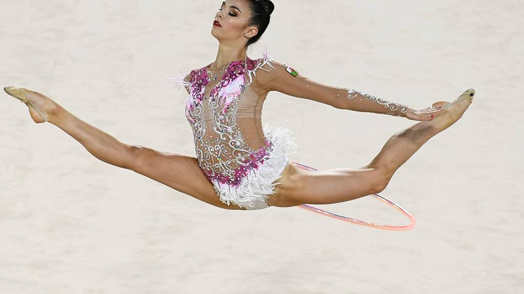 watch live rhythmic gymnastics from the 2018 commonwealth games in
