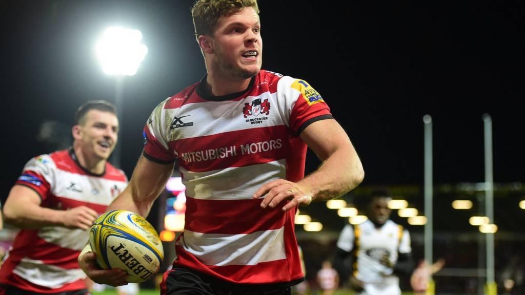 Henry Purdy celebrates Gloucester's final try