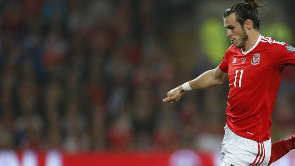 Bale scores Wales' third goal