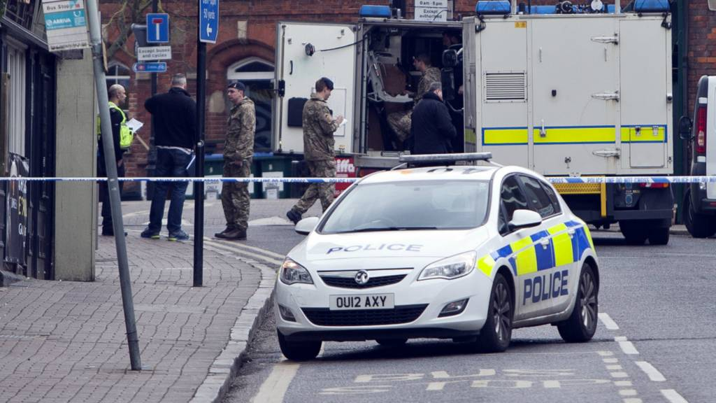 Leighton Buzzard: Army bomb disposal