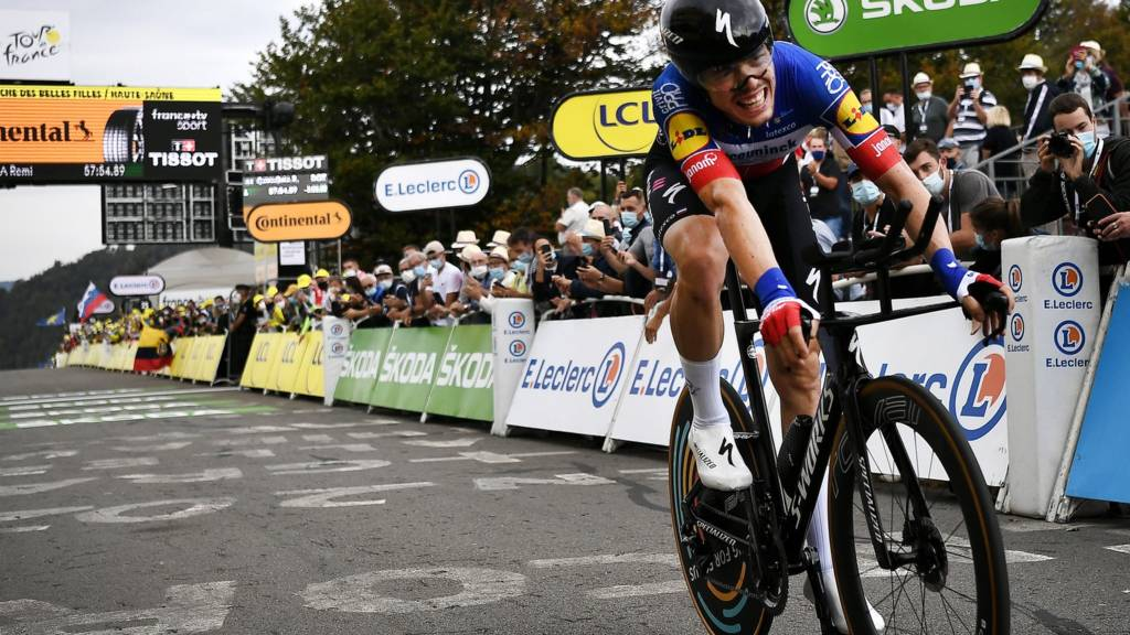 France's Remi Cavagna completes the time trial on stage 20