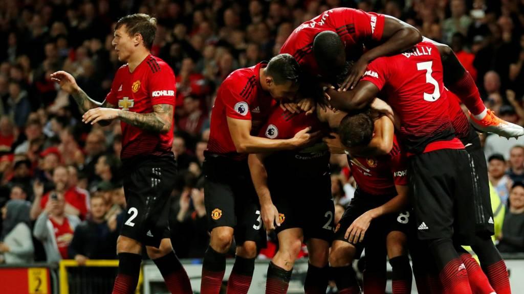 United celebrate Shaw goal