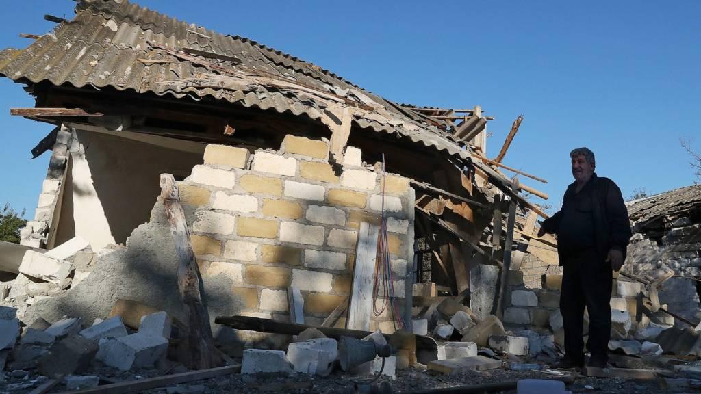 Разрушения от обстрела в Адамском районе, Азербайджан
