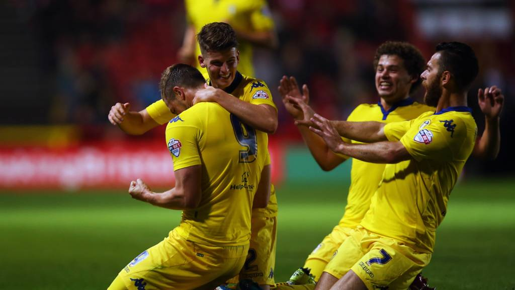 Leeds players celebrate