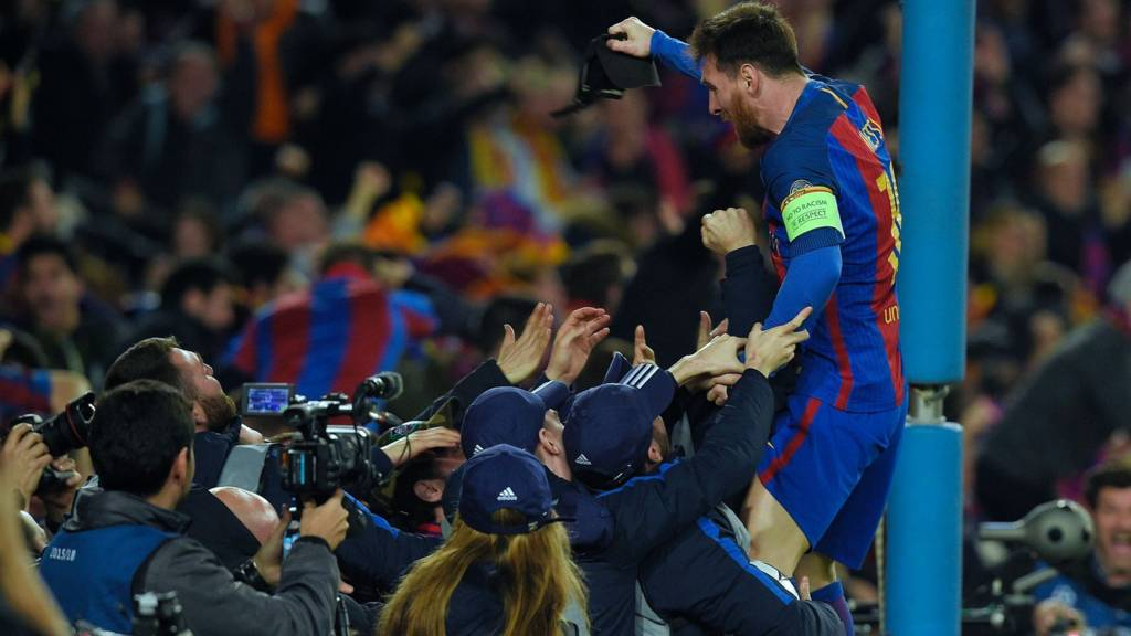 Lionel Messi celebrates their victory