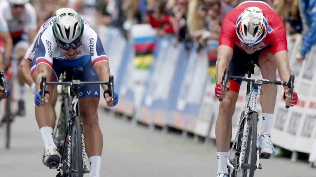 Peter Sagan crosses the finish line