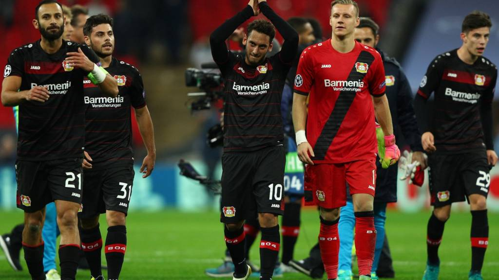 Bayer Leverkusen players celebrate