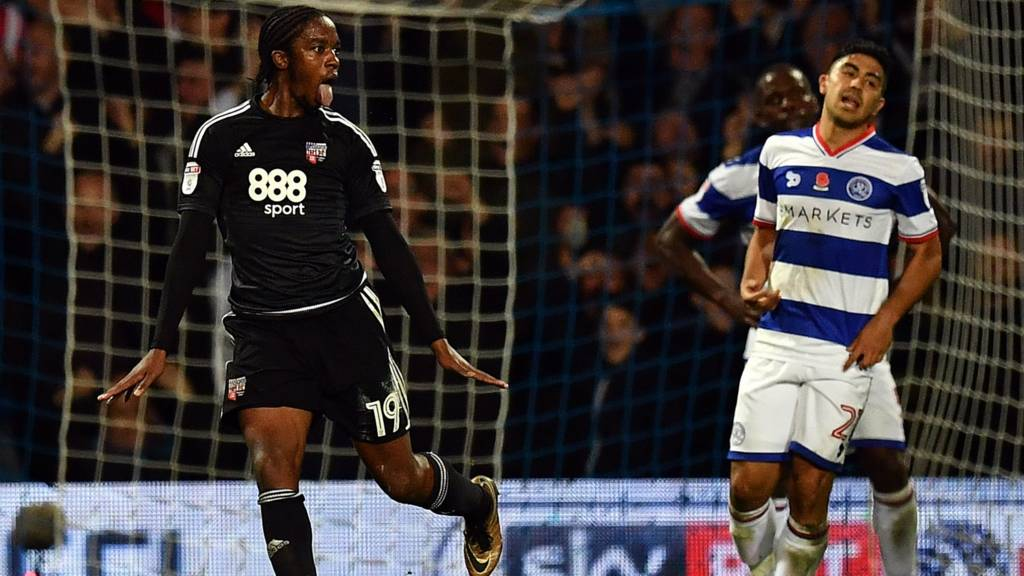 Romaine Sawyers celebrates Brentford goal