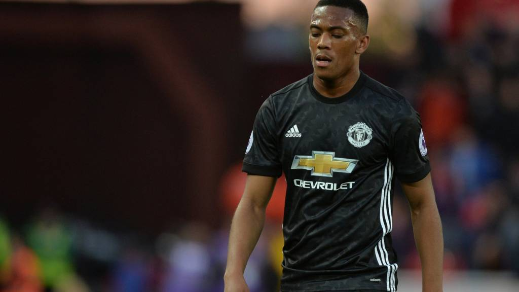 Anthony Martial looks dejected