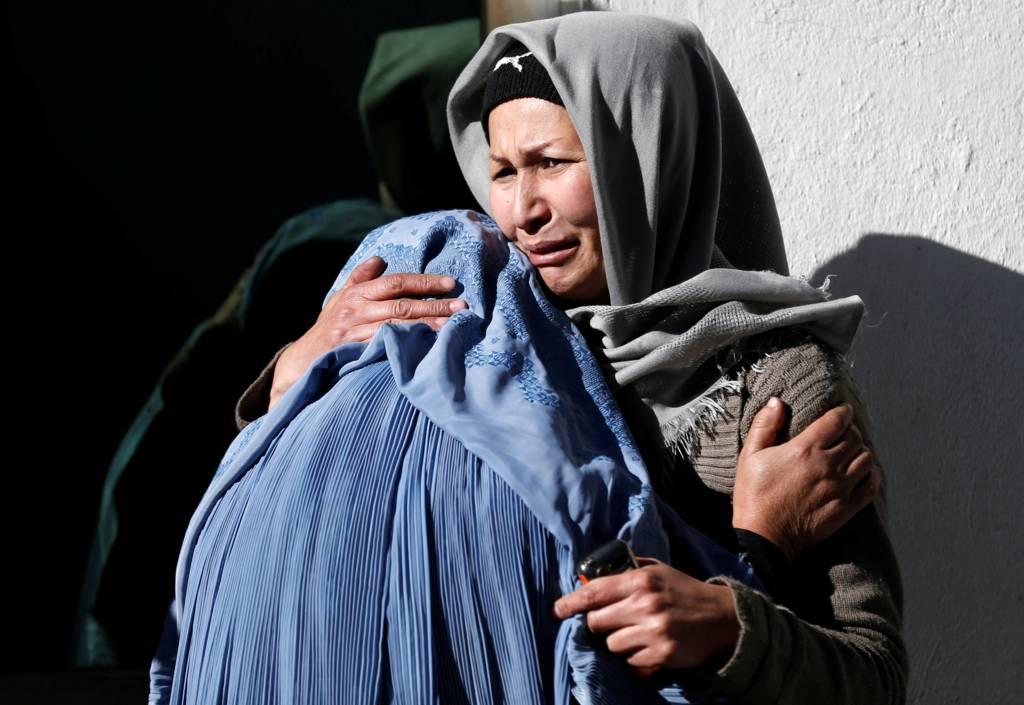 سوگواری برای قربانیان انفجار کابل