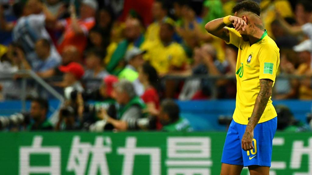 Neymar Reacts