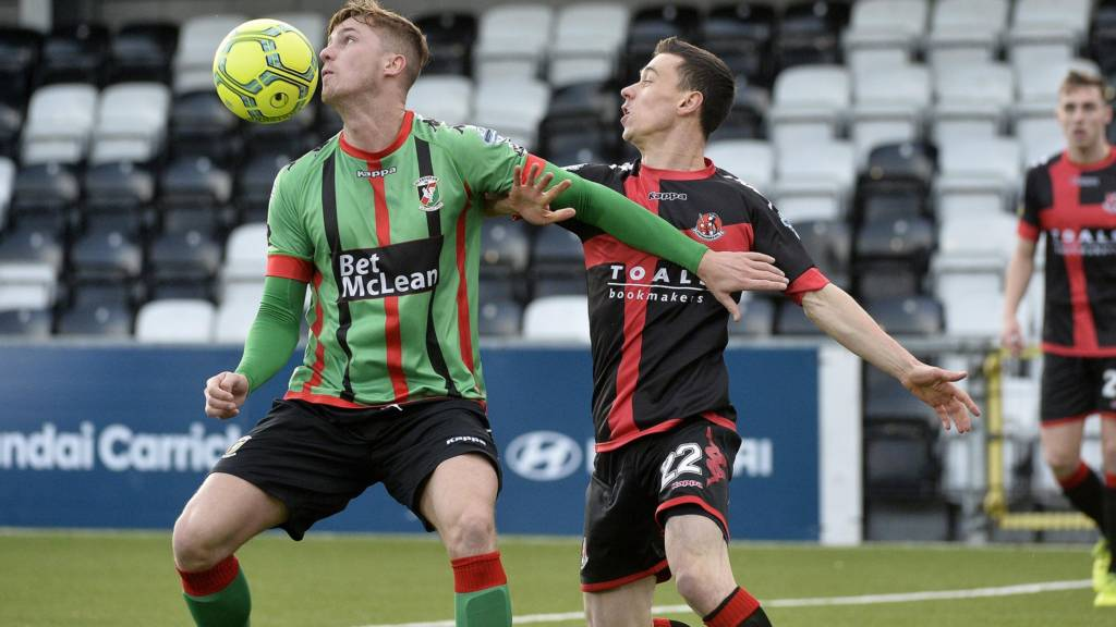 Action from Crusaders against Glentoran