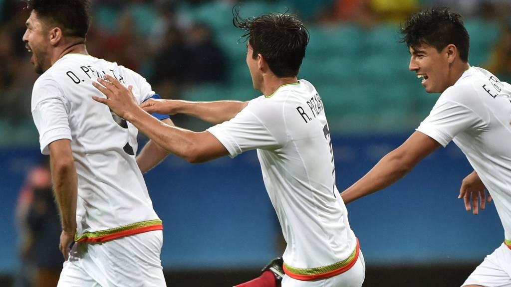 Peralta scores for Mexico