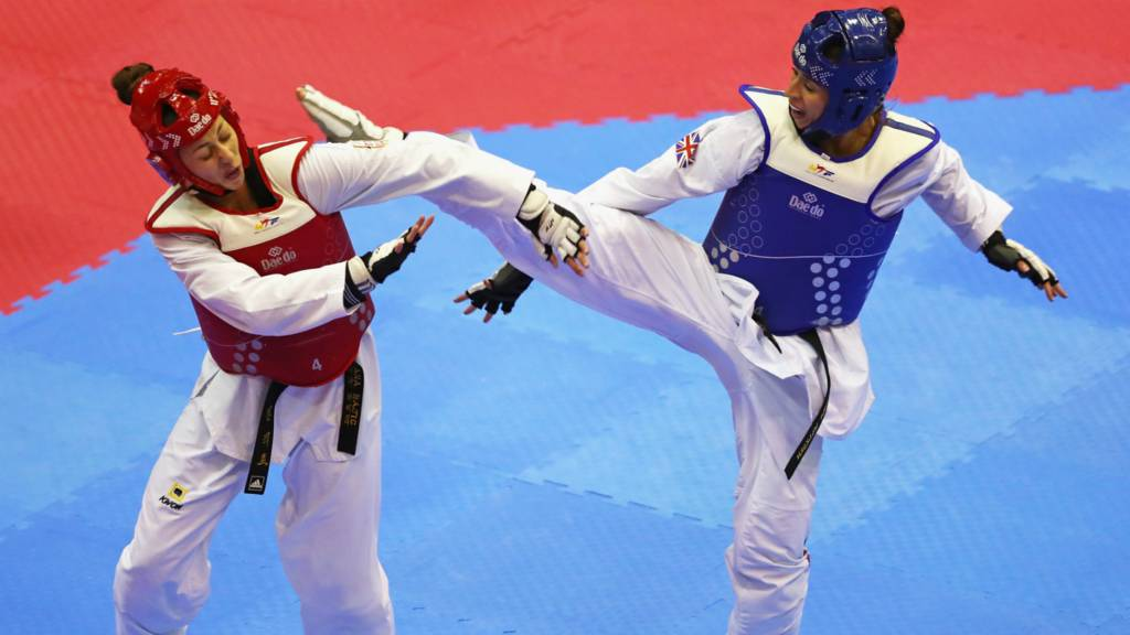 e675b54ec37b0 Watch: Taekwondo World Championships - GB's Sinden wins men's -68kg gold