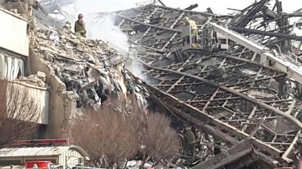 ساختمان پلاسکو فرو ریخت