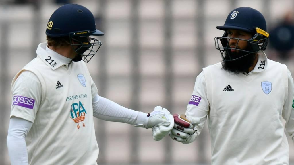 Hampshire batsmen Sam Northeast and Hashim Amla