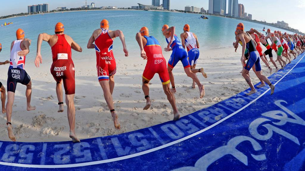 Men's swim start in Abu Dhabi