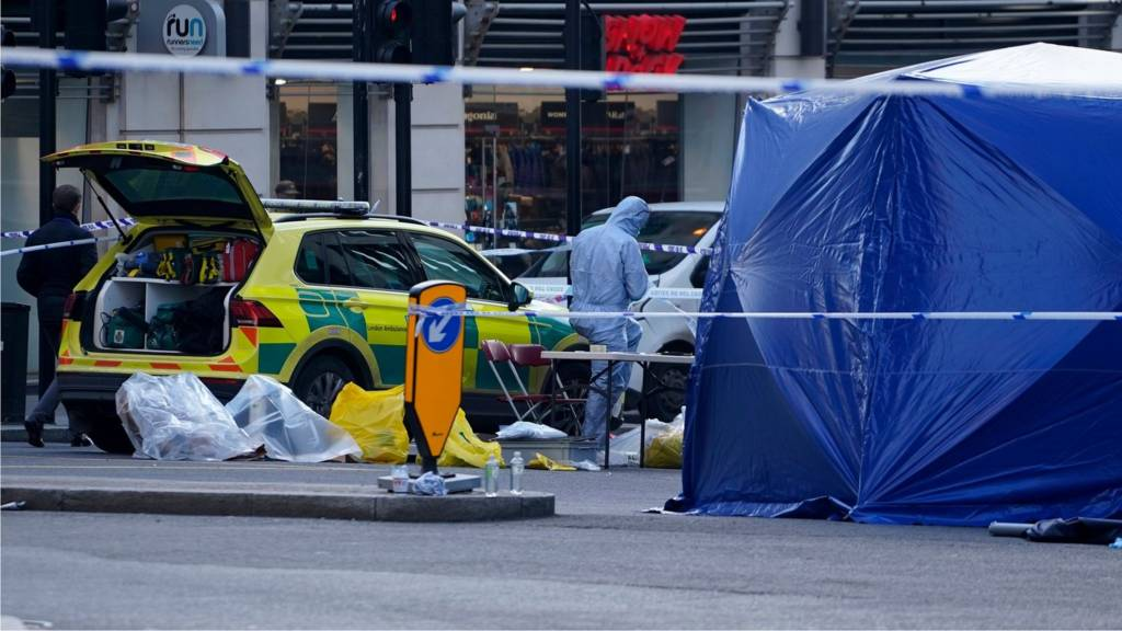 Investigators on London Bridge
