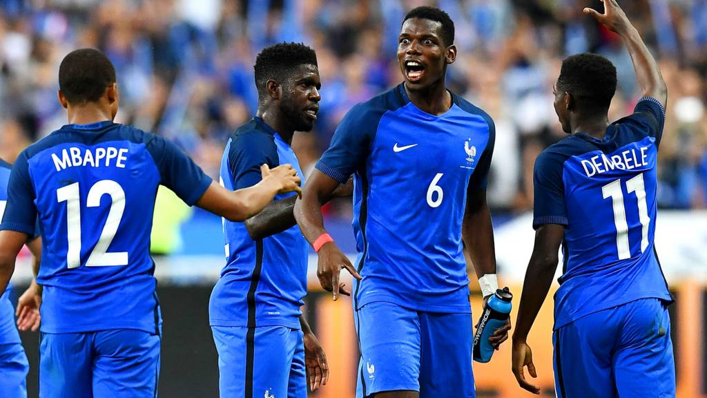 Paul Pogba and France celebrate
