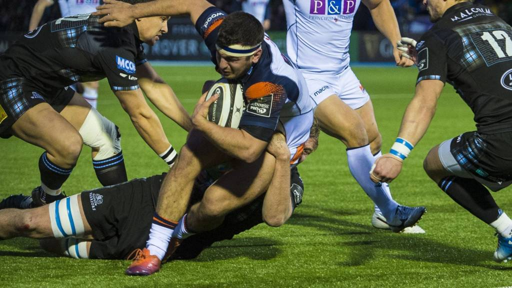 Stuart McInally scores a try for Edinburgh