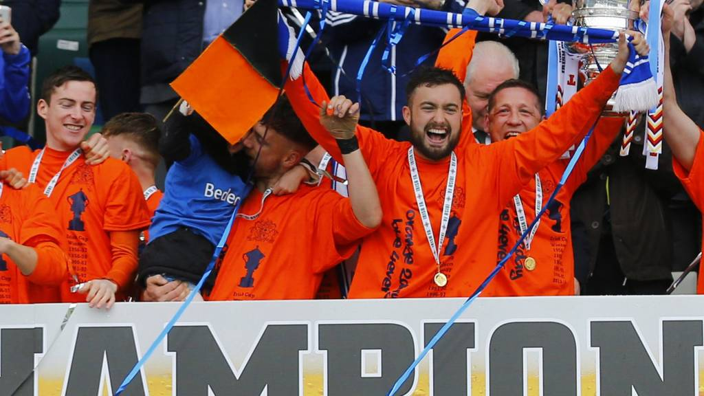Glenavon won the Irish Cup by beating Linfield