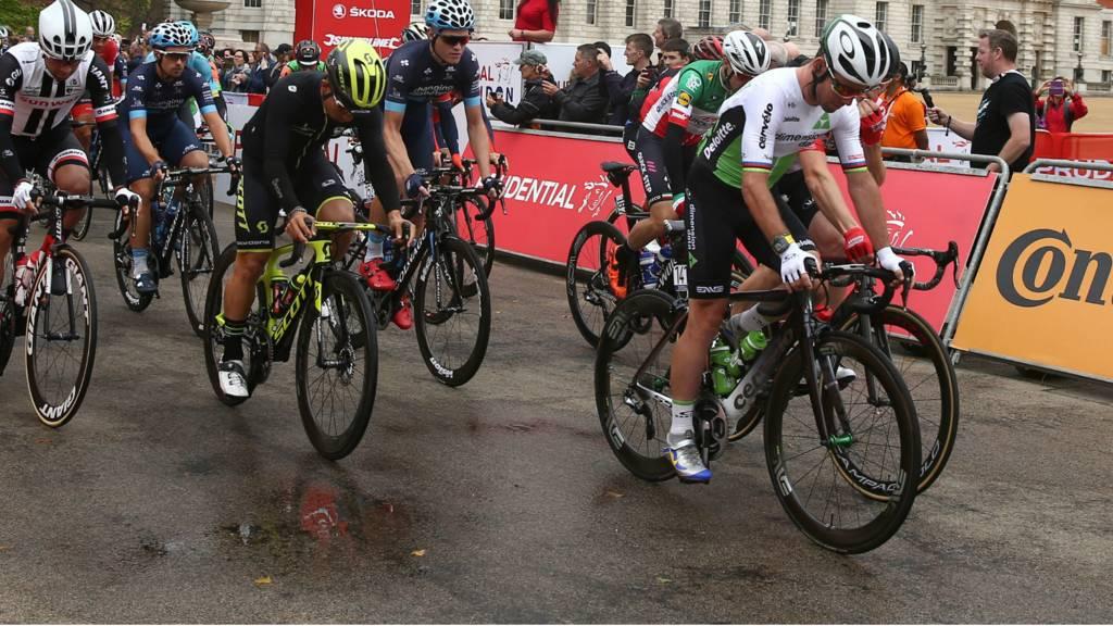 Mark Cavendish starts the RideLondon-Surrey classic