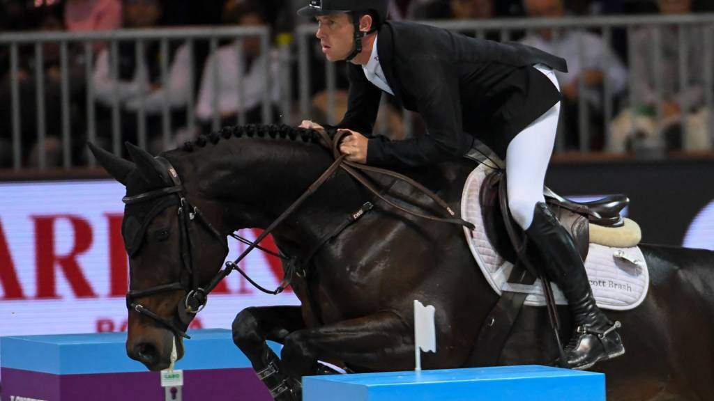 Watch Olympia Horse Show Jumping World Cup Live Bbc Sport