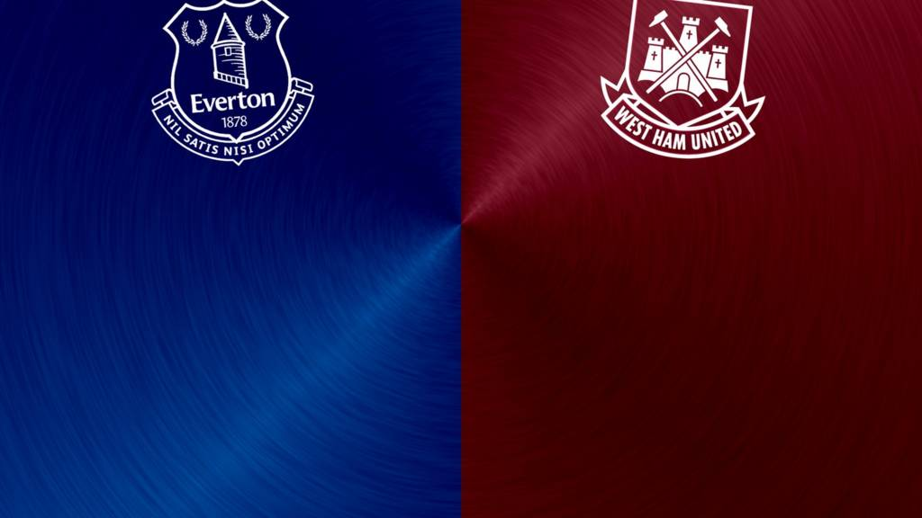 Everton v West Ham badges