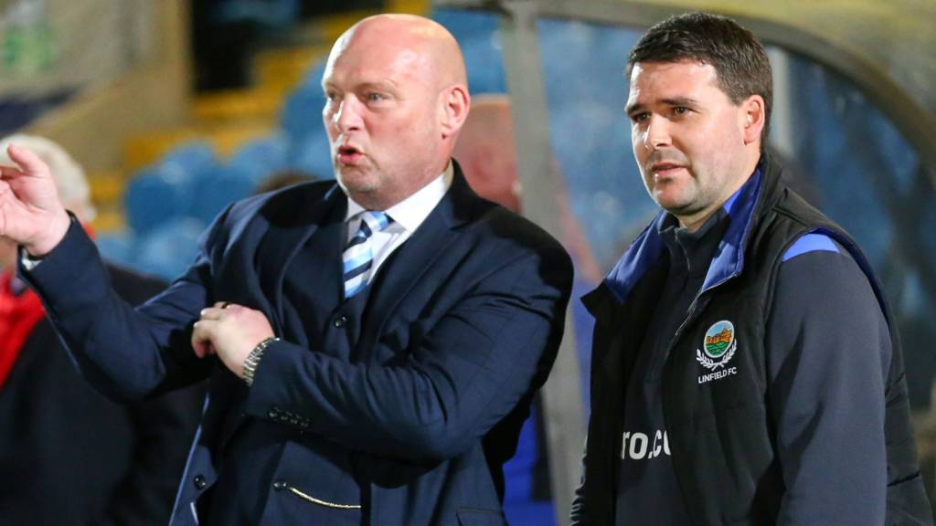 Ballymena United manager David Jeffrey and Linfield manager David Healy
