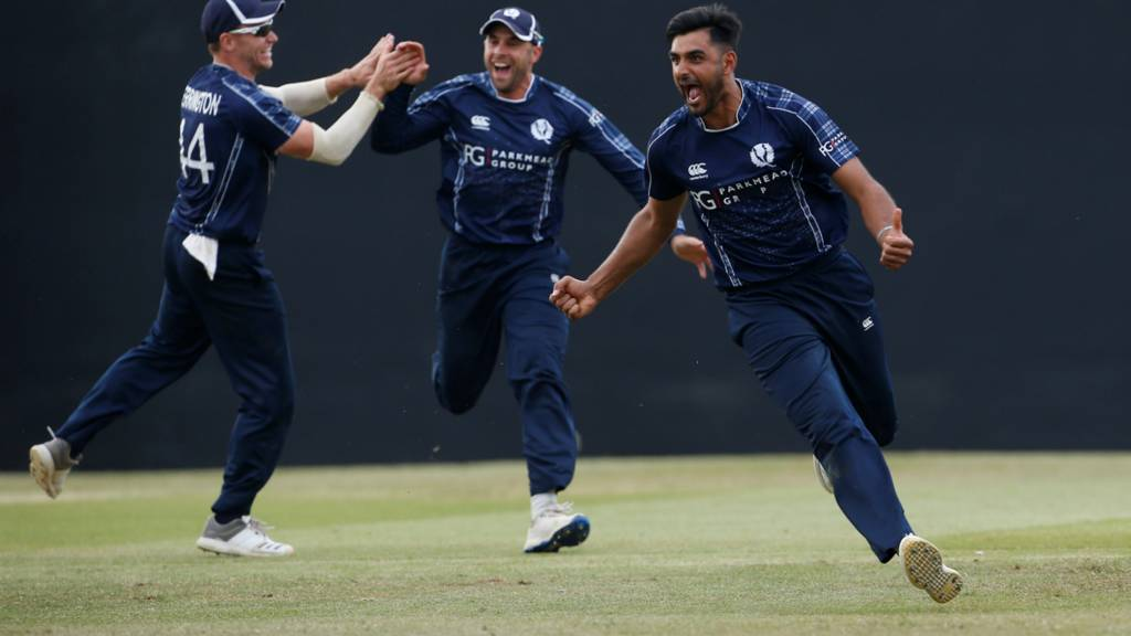 Scotland, who defeated England in an ODI game last Sunday, would love to repeat same performance against Pakistan in T20I series. (Photo - BBC Sport)