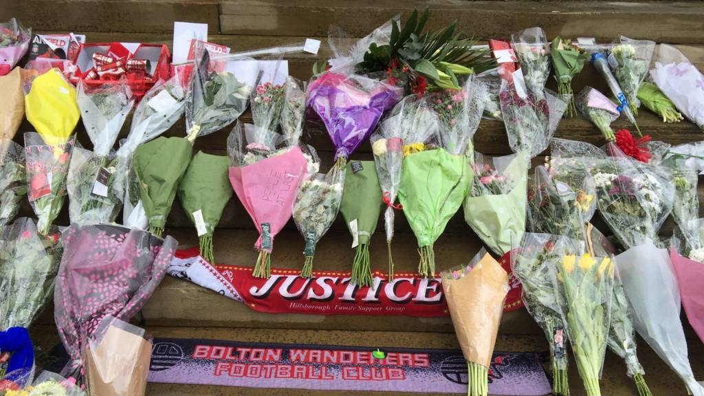 Tributes at St George's Hall