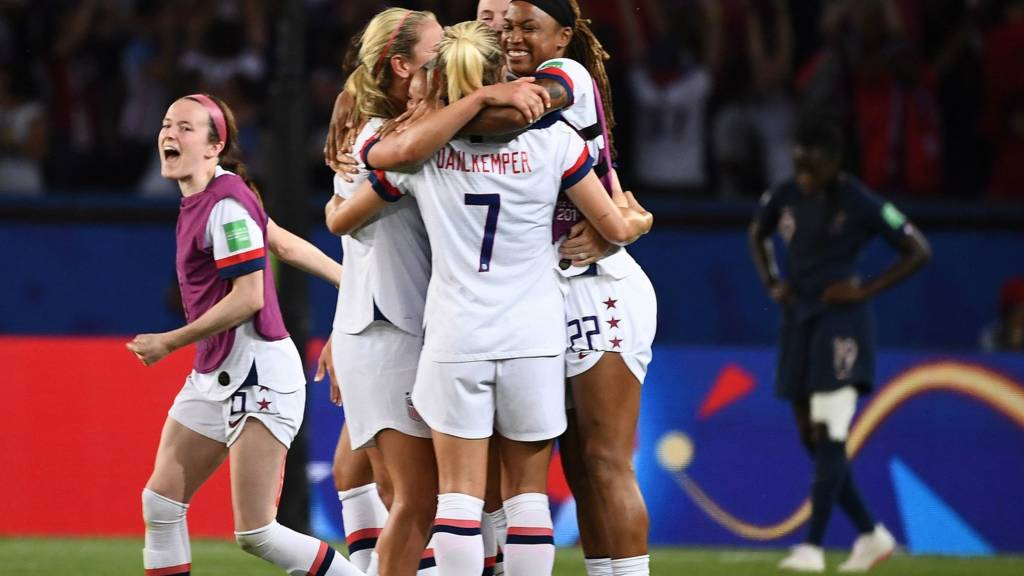 USA celebrate the win