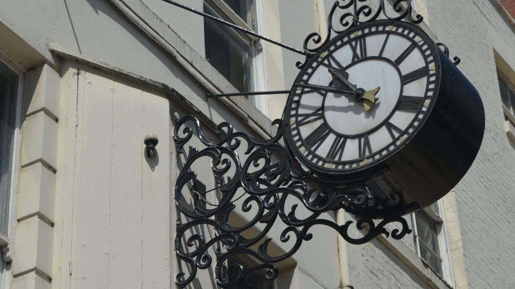 Leamington Clock