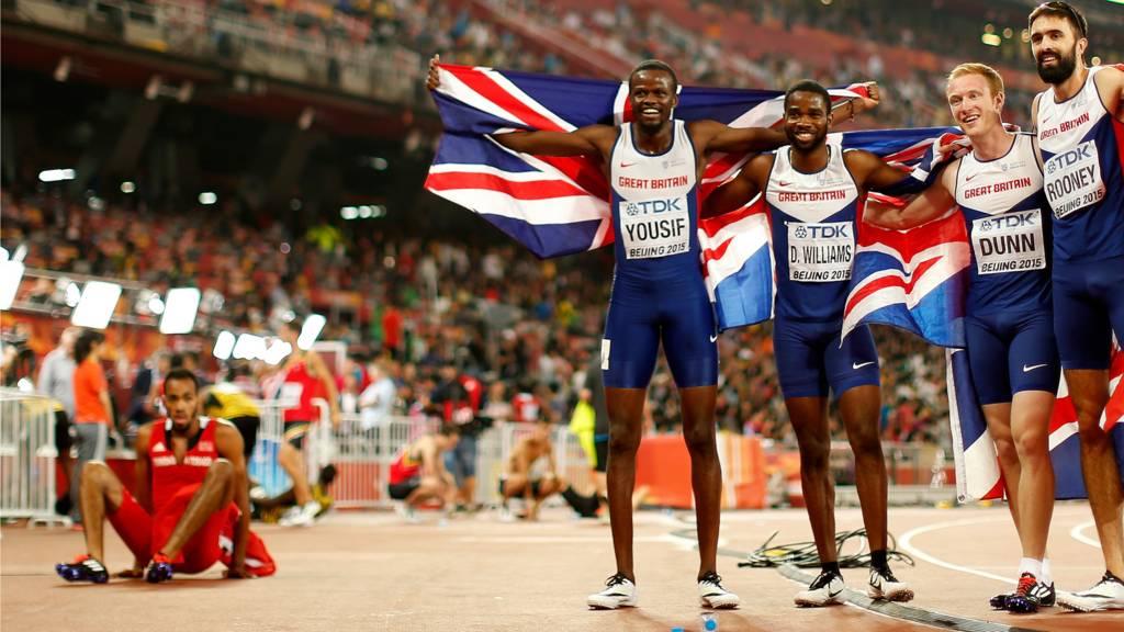 GB men win 4x400m