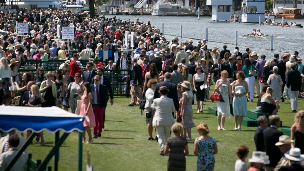 Henley Regatta crowd