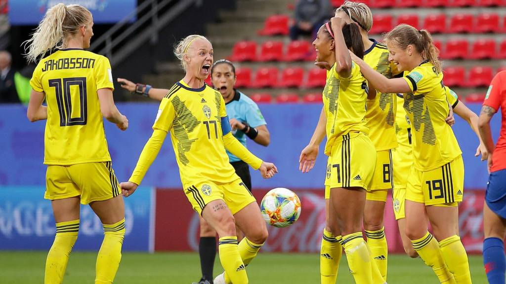 Madelen Janogy of Sweden celebrates
