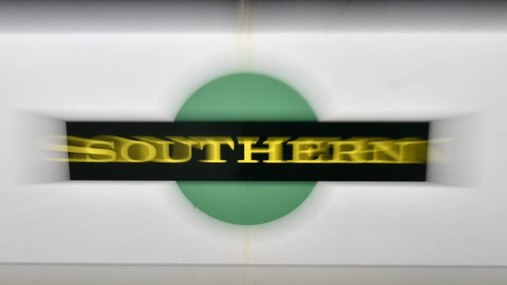 Southern train (generic)