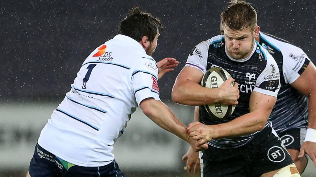 Dan Lydiate takes on Cardiff Blues