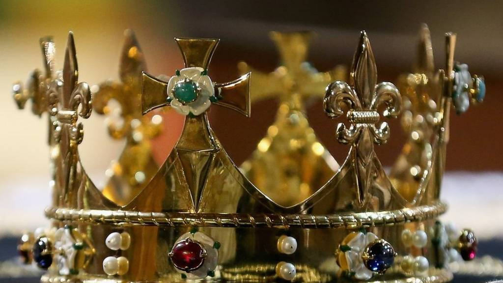 Richard III crown