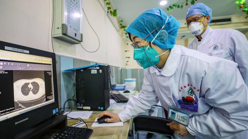 Bác sĩ ở Vũ Hán, Trung Quốc