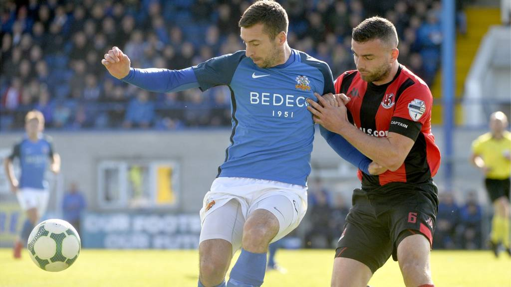 Champions Crusaders are away to Glenavon