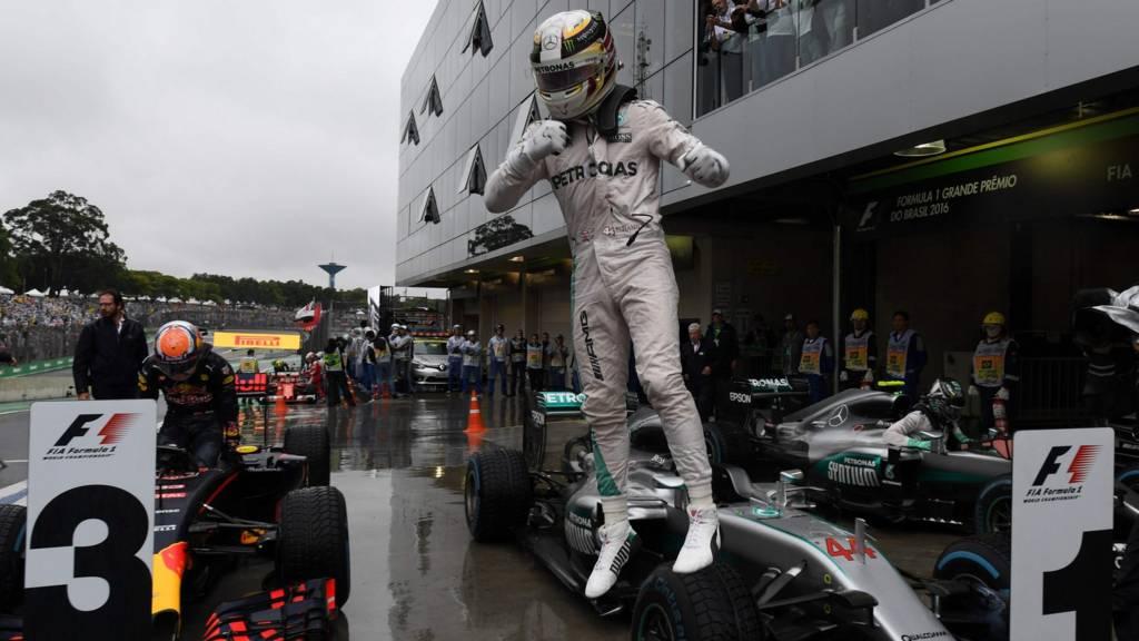 Hamilton celebrates