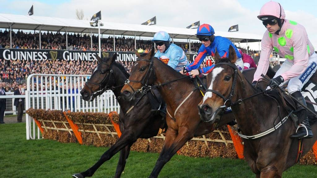 Cheltenham Day 1-Vantour on way to victory