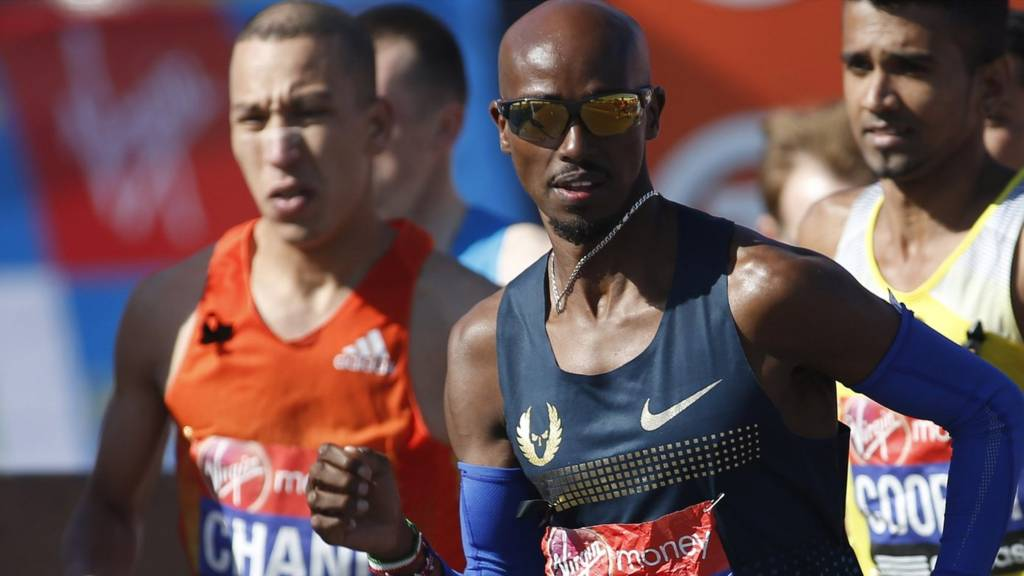 Mo Farah competes in last year's London Marathon