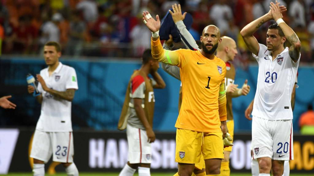 US goalkeeper Tim Howard waves at the end of a Group G
