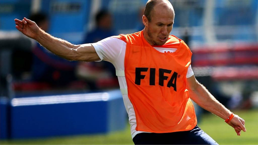 Netherlands' forward Arjen Robben controls the ball in training