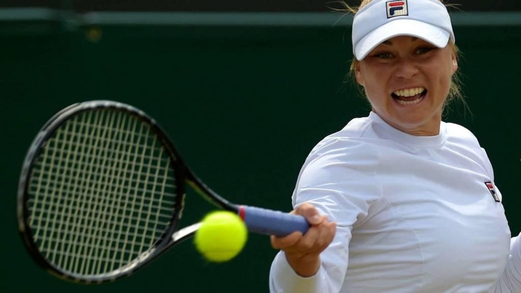 Zvonareva at Wimbledon 2014