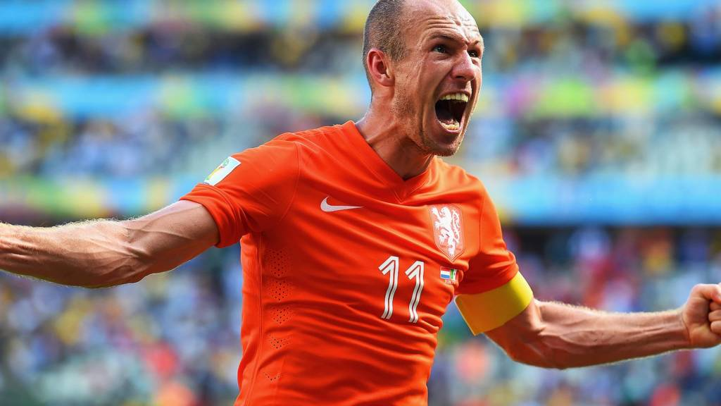 Arjen Robben celebrates goal against Mexico