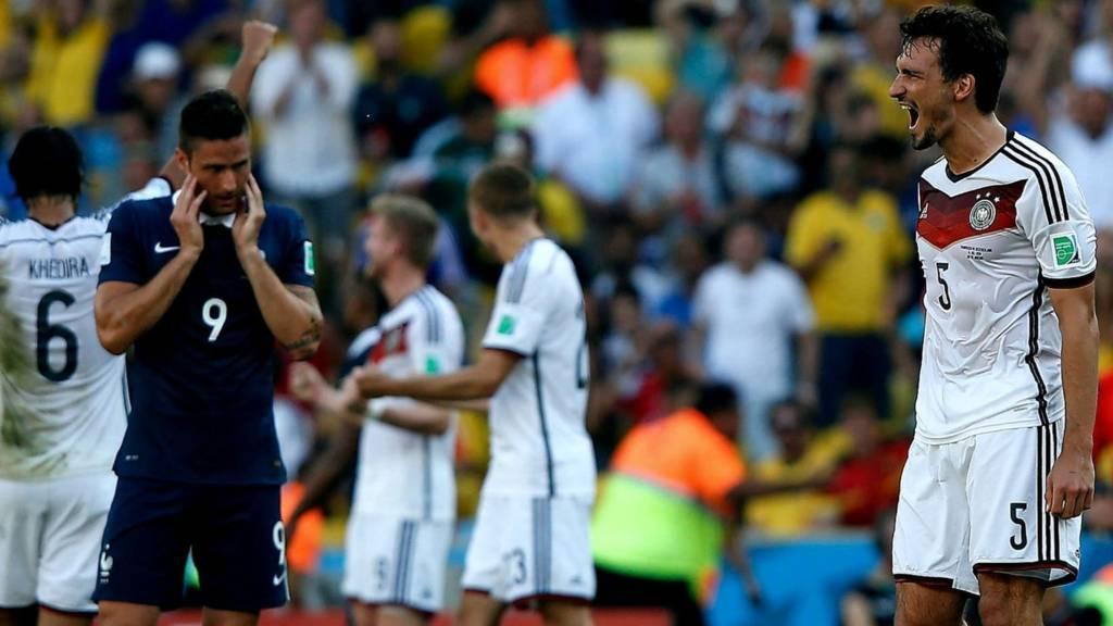 Mats Hummels celebrates Germany's win over France